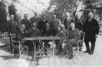 A Friedrich-kormány (Friedrich István az ülő sorban középütt)