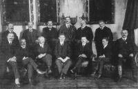 A Huszár-kormány (Huszár Károly az ülő sorban középütt)