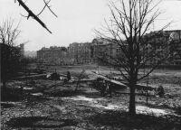 Repülőgéproncsok a szükségreptérként használt Vérmezőn. 1945. február